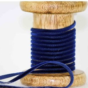 3.5mm velvet ribbon in navy