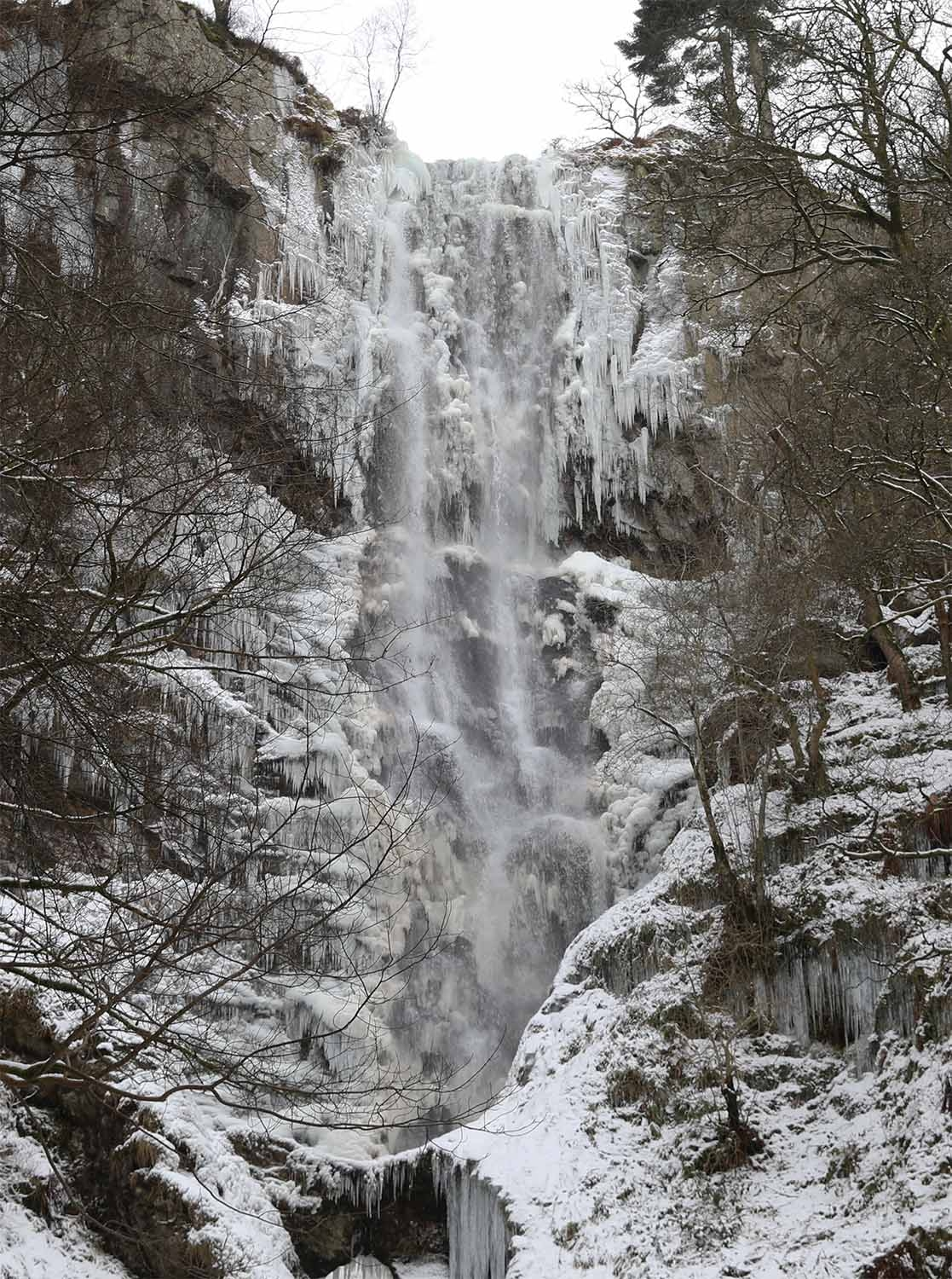 llanraeadr waterfall